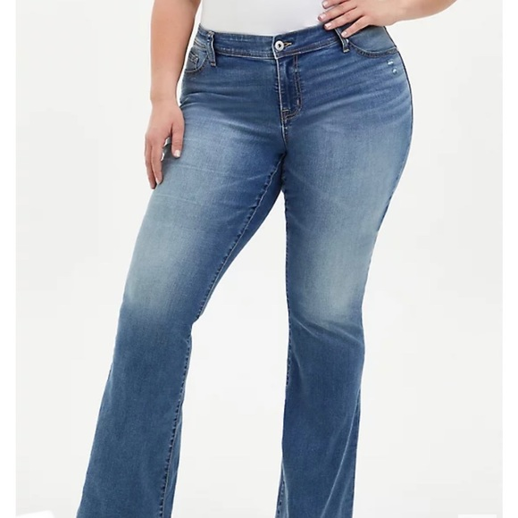 Torrid Relaxed Boot 10' Rise Jeans